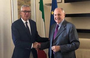 Il governatore della Sardegna, Francesco Pigliaru, ha incontrato stamane, a  Roma, il ministro per gli Affari europei, Paolo Savona.