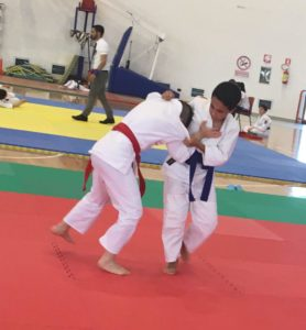 Il Palazzetto dello sport di Carbonia ospita gli incontri della seconda giornata del 1° Trofeo Shardana di ju jitsu.