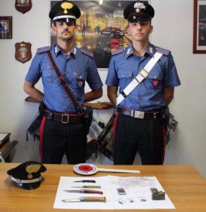 Stamane i carabinieri di Pula hanno arrestato in flagranza di reato per detenzione illecita di sostanze stupefacenti, un 18enne del luogo.