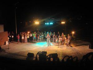 """Giovani cantanti sardi in gara all'8° """"Festival Maria Paola Dedola"""", in programma il 3 e 4 agosto a Bottidda."""