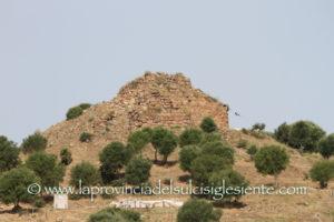E' stato riaperto questa mattina, dopo oltre un anno e mezzo, il cantiere archeologico del Nuraghe Sirai.