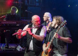 Questa sera, alle 22.00, all'Arena in Fiera, a Cagliari, Ian Anderson ed il 50th Anniversary Tour dei Jethro Tull.