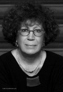 """Al festival""""L'isola dei libri"""", a Carloforte, domani si parla di scritture al femminile con Maria Rosa Cutrufelli."""