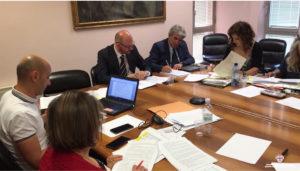 La Conferenza dei servizi, a Roma, ha approvato il documento tecnico definitivo della continuità territoriale aerea dell'Isola.