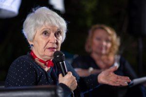 """La scrittrice sassarese Bianca Pitzorno ieri sera è stata protagonista, a Santa Teresa Gallura, della rassegna letteraria """"I monumenti incontrano la lettura""""."""
