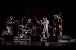 Questa sera, a Nuoro, il chitarrista Peter Bernstein in concerto nei cortili del Museo del Costume, a partire dalle 21.00.