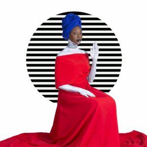 L'Africa ancora protagonista della 20ª edizione di Dromos, lunedì sera a Tharros, con la cantante maliana Fatoumata Diawara.