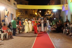 Nella notte del 13 agosto, si è svolta a Gonnesa, in piazza Asquer, la 19ª sfilata di moda organizzata da Cristina Balloi.