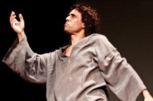 A Ferragosto sono ancora intrecci nei teatri di pietra con il 10° NurArcheoFestival, la rassegna organizzata dal Crogiuolo e diretta da Rita Atzeri.