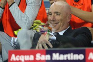 A testa alta! Il Cagliari è uscito sconfitto dal Giuseppe Meazza di Milano con il punteggio di 2 a 0 ma ha ben figurato.