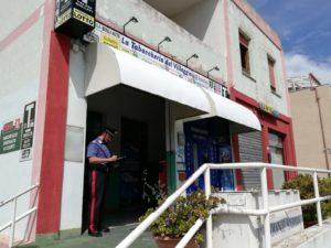 I carabinieri di Quartu e Sinnai hanno arrestato un 41enne di Sinnai, al termine delle ricerche per la tentata rapina al tabacchino di Settimo San Pietro.