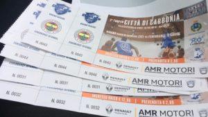 Prosegue, al Palazzetto dello Sport di via delle Cernitrici, a Carbonia, la prevendita dei biglietti per la partita di basket tra Dinamo Sassari e Fenerbahce.