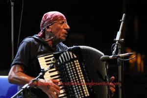 """Si conclude questa sera, a Palmas Vecchio, la XXXIII edizione del festival""""Ai Confini tra Sardegna e Jazz""""."""