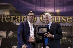 """Sandra Petrignani per la Narrativa e Alberto Bertoni per la Poesia, sono i vincitori del 33° Premio """"Giuseppe Dessì""""."""