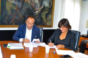 E' stato sottoscritto oggi, all'assessorato dell'Industria, un accordo di collaborazione per lo sviluppo del Gas Naturale Liquefatto (GNL) in Sardegna.