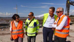 Stamane il governatore Pigliaru e gli assessori Balzarini e Spano hanno effettuato un sopralluogo sul cantiere della strada statale 195 per Capoterra.