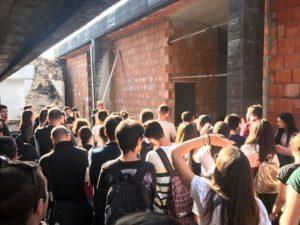 90 studenti della facoltà di Ingegneria e Architettura dell'università di Cagliari in visita all'ex deposito biciclette della Grande Miniera di Serbariu.