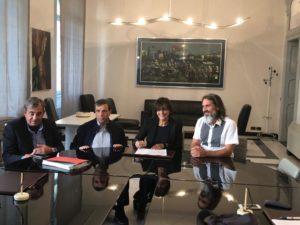 Questa mattina, a Sassari, è stato compiuto un passo avanti decisivo per risolvere il problema dell'approvvigionamento idrico nell'isola dell'Asinara.