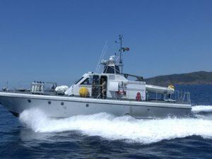 Due diportisti tedeschi alla deriva a Porto Zafferano su una barca a vela, sono stati salvati dalla Guardia Costiera di Sant'Antioco e dalla motovedetta dell'Esercito di stanza al 1° Reggimento.