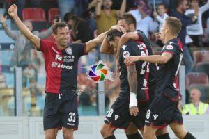 Mentre la squadra ha superato il Chievo, portando a +7 punti il margine sulla terz'ultima posizione,l'assemblea dei soci del Cagliari Calcio ha approvato il bilancio al 30 giugno 2018 con un utile di 2.182.739 euro.