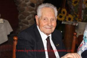 Questa mattina, al ristorante La Rosella di Giba, il cavaliere Casimiro Fois è stato festeggiato per il suo 101° compleanno.