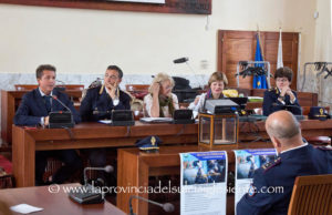 Ampia partecipazione all'incontro sul cyberbullismo svoltosi ieri nella sala polifunzionale del comune di Carbonia.