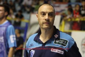La Pallacanestro Varese ha interrotto la striscia vincente di 7 vittorie consecutive della Dinamo Banco di Sardegna: 84 a 73.