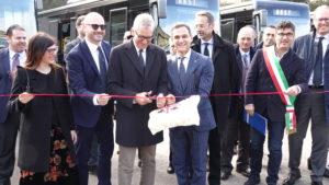 Sono stati consegnati questa mattina, a Pratosardo, sessantacinque nuovi autobus Arst.