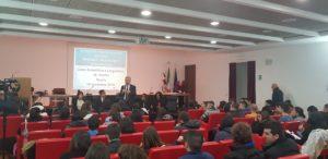Si è aperto nel ricordo dei giovani morti durante la traversata tra l'Algeria e la Sardegna, ieri, l'incontro organizzato dalla Regione, a Nuoro, sul tema dell'inclusione dei richiedenti asilo.