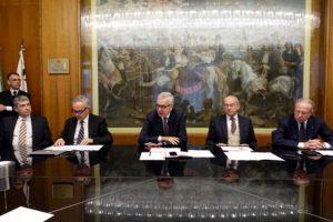 """L'accordo tra TIM ed Infratel accelera il progetto strategico della Regione per lo sviluppo delle reti in fibra nelle aree """"a fallimento di mercato""""."""