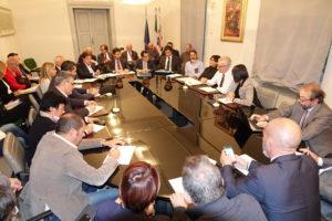 Si è svolto ieri sera, a Sassari, un incontro sullo stato di attuazione del protocollo d'intesa sulle iniziative di reindustrializzazione nell'area di Porto Torres.