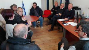 Questa mattina la direzione dell'Aou di Sassari ha incontrato sindacati e lavoratori che avevano allestito un sit-in di protesta per l'appalto di portierato.