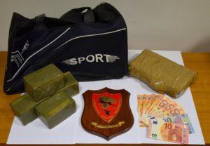 Ieri sera i carabinieri di Quartu hanno arrestato un 43enne sassarese per detenzione ai fini di spaccio di sostanze stupefacenti.