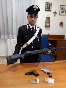 I carabinieri della Compagnia di Carbonia e dell'Aliquota radiomobile hanno denunciato un 65enne originario del Nuorese per minaccia aggravata.