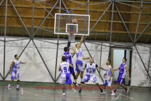 Sulcispes Sant'Antioco e Scuola Basket Miners Carbonia giocano in casa, sabato sera, contro Coral Alghero e Sinnai Basket, per la 7ª giornata della serie D di basket.