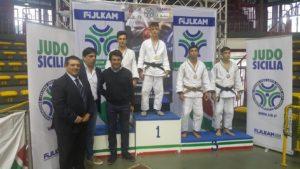"""Il giovane atleta del """"Guido Sieni"""" Mario Piu terzo al Grand prix di Catania di judo."""