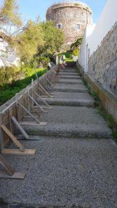Sono iniziati, a Calasetta, i lavori per la ristrutturazione della scalinata Sottotorre.