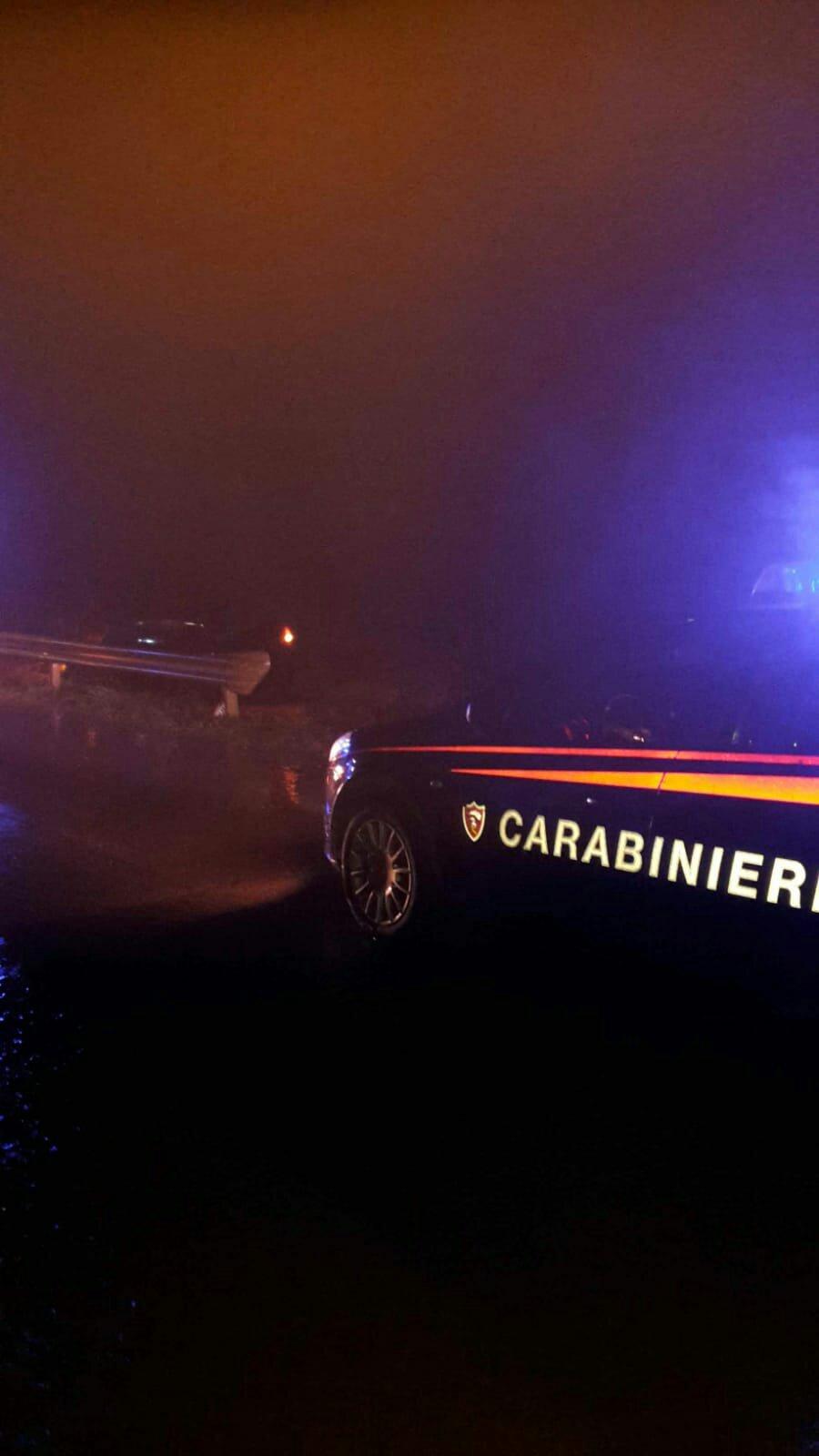 Un 38enne di Carbonia è uscito di strada a Caput Acquas, sulla SP 85 invasa dall'acqua ed è riuscito a mettersi in salvo prima dell'arrivo dei soccorsi.