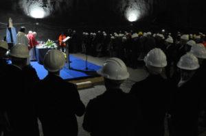 L'assessore regionale dell'Industria ha partecipato oggi, nella miniera della Carbosulcis, a Nuraxi Figus, alle iniziative organizzate in onore di Santa Barbara.