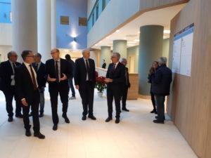 Il presidente della Regione Francesco Pigliaru, ha visitato stamane il Mater Olbia, per vedere lo stato di avanzamento dei lavori e verificare il funzionamento dei primi servizi erogati.