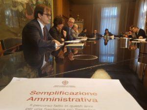 Il governatore Pigliaru e gli assessori Piras ed Erriu hanno presentato stamane la nuova legge sulla Semplificazione 2018.