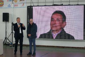 La comunità di Mamoiada ha accolto con grande calore le nove scuole della Sardegna premiate nell'ambito del concorso dedicato alla memoria dell'ex sindaco Graziano Deiana.