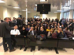 L'assessore regionale della Sanità, Luigi Arru, evidenzia il risultato raggiunto con le stabilizzazionidi 214 lavoratori precari presso l'AziendaOspedaliera Universitaria di Sassari.