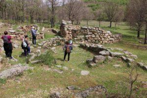 """Nuove scoperte da """"La misura del tempo"""": allineamenti tra i templi a megaron e le fonti sacre."""