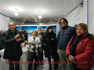 """E' stata inaugurata ieri pomeriggio, a Sant'Antioco, la mostra """"I presepi nell'isola"""", organizzata dall'associazione """"Sant'Antioco abbraccia il mare""""."""