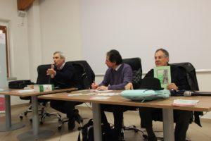 """""""Il futuro della lingua sarda passa anche attraverso i libri"""". A Fonni il dibattito sul bilinguismo con gli editori sardi."""