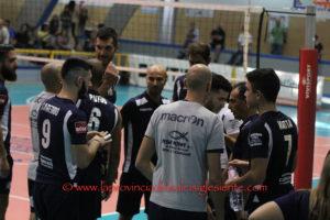 Niente da fare per la VBA/Olimpia Sant'Antioco anche nel match casalingo con la Lazio Pal. G. Castello, impostasi al PalaGiacomoCabras per 3 a 0.