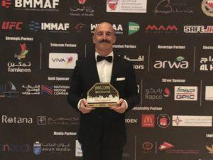 Angelo Tarantini è il cutman dell'anno. Il prestigioso riconoscimento, una sorta di Oscar delle arti marziali miste, è stato conferito al coach sassarese dalla Immaf.