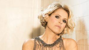 Sarà Tosca la nuova madrina del Premio Bianca d'Aponte, il concorso per cantautrici di Aversa che nel 2019 arriverà all'importante traguardo della 15ª edizione.