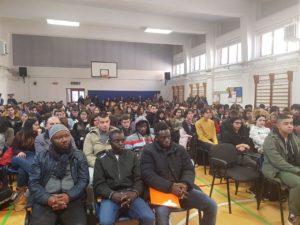 Le storie di Ismael, Adriano, Sambu, Ali e Hussein hanno caratterizzato l'incontro promosso dalla Regione che si è svolto nella Palestra del Liceo De Castro a Oristano.